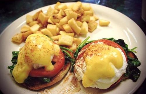 clarys-cafe-savannah-breakfast