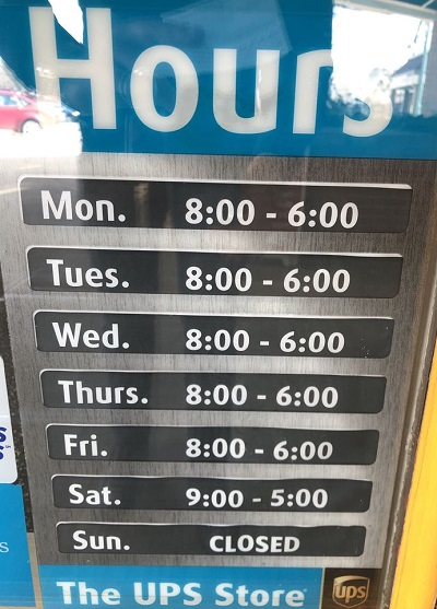 ups store hours